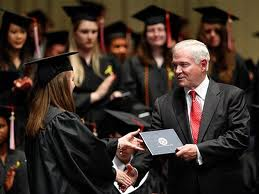 Иностранный диплом стали проще признавать в России